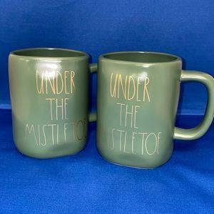 "Rae Dunn ""UNDER THE MISTLETOE"" Mug Set"